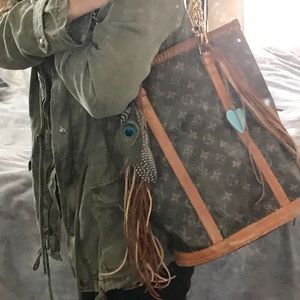 Louis Vuitton Bags - AUTHENTIC LV BUCKET GM